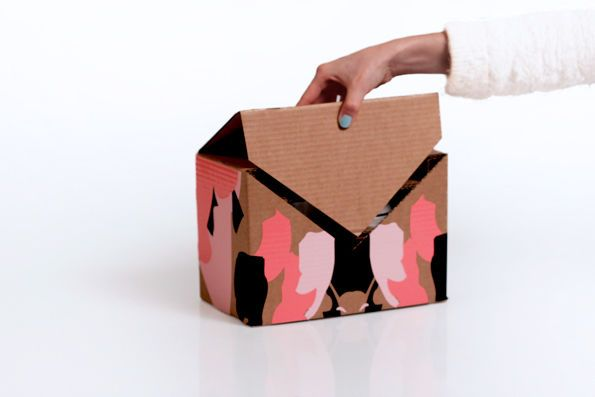 Envelope Shipping Boxes - These Printed Box Designs Show Off Maximum Style and Ease of Opening (GALLERY)