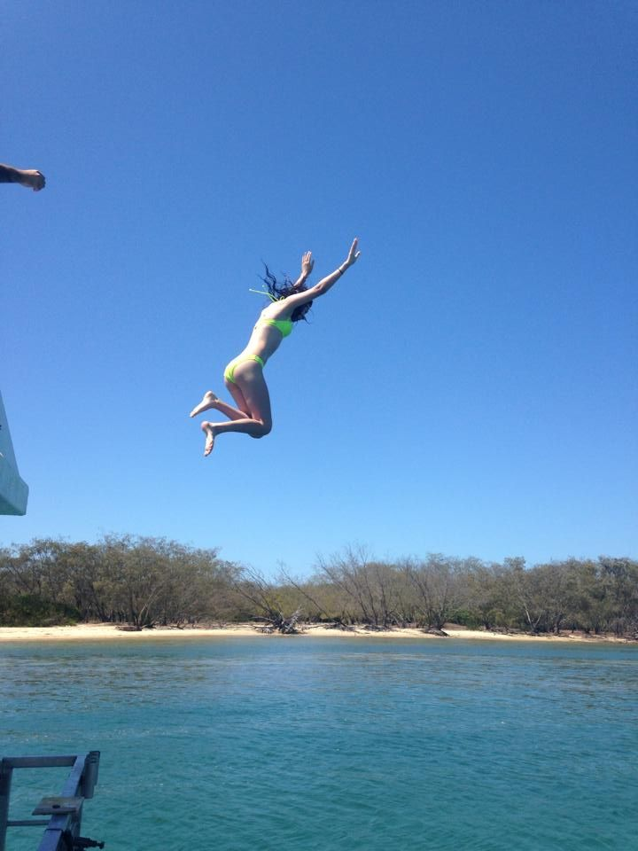 Although we do not recommend jumping from the houseboat - we do get the occasional crew who are daring and spontaneous. #summer #fun #holiday #swimming #houseboat #GoldCoast #Australia