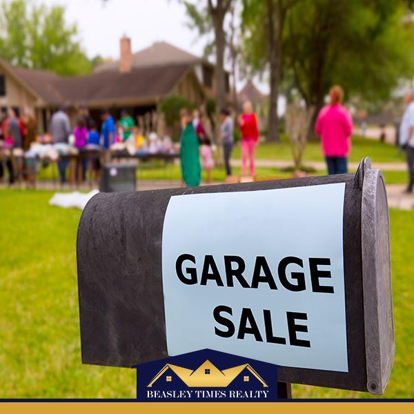 Best 25+ Community Garage Sale Ideas On Pinterest