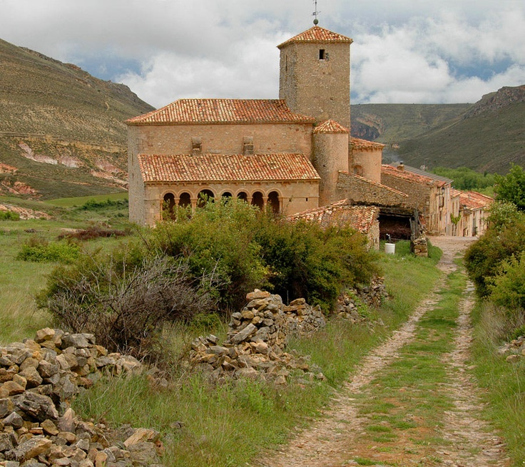 Rainy Days in Castilla (Spain) > Romanesque Church of Caracena