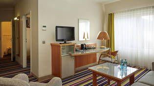 Großzügige Zimmer im H+ Hotel Köln Hürth