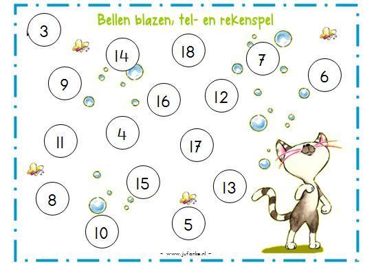 * Dit spel kan ook individueel of in een groep gespeeld worden. De regels zijn dan wat anders. Je gooit om de beurt met 3 dobbelstenen, telt de ogen op en kleurt het getal dat je gooide in op het werkblad. Gooi je een getal dat al gekleurd is, dan heb je pech en is je beurt voorbij. Wie heeft het eerst alle getallen of een van tevoren bepaald aantal (bijv. 10) ingekleurd?