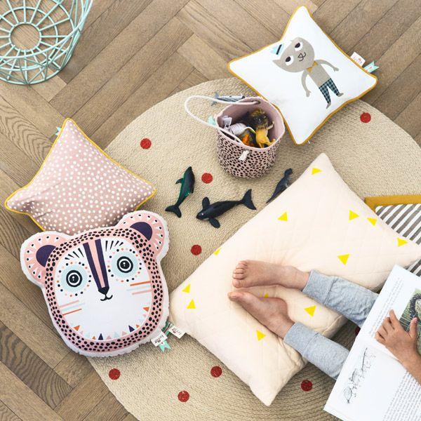 Ferm Living Billy Bear cushion, rose | Pillows | Decoration | Finnish Design Shop