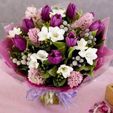 Mazzi Di Fiori Per Buon Compleanno Bouquet Di Tulipani Mazzo Di
