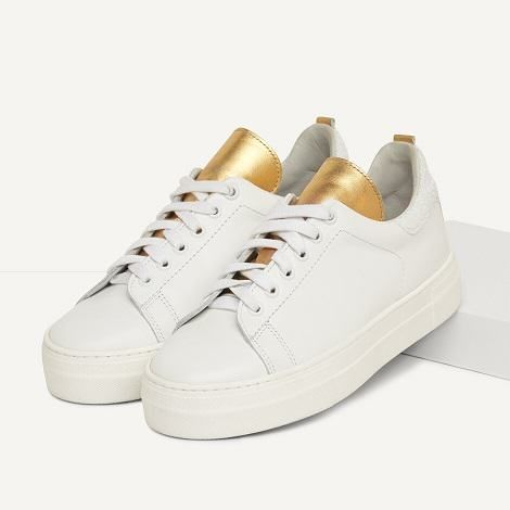 bbca7c0f5c976 Basket femme, baskets mode et tendance   This Shoes   Shoes, Sneakers,  Leather trainers
