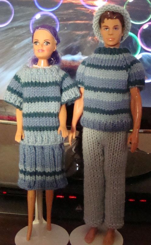 Free Knitting Patterns For Ken Doll Clothes : Ladyfingers - Barbie & Ken QUICKIE KNITTING PATTERNS DOLLS - BARBIE FAS...