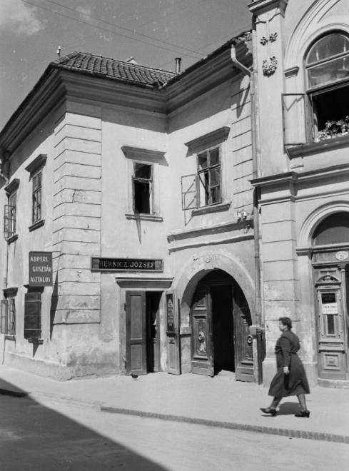 Szent György utca 21. és 23.