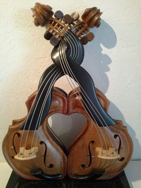 http://www.guillermsculptures.com