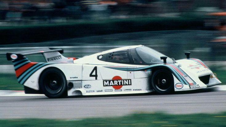 https://i.pinimg.com/736x/52/fe/c9/52fec97dc4e090ab7e7bfb8d61db874c--martini-racing-lancia.jpg