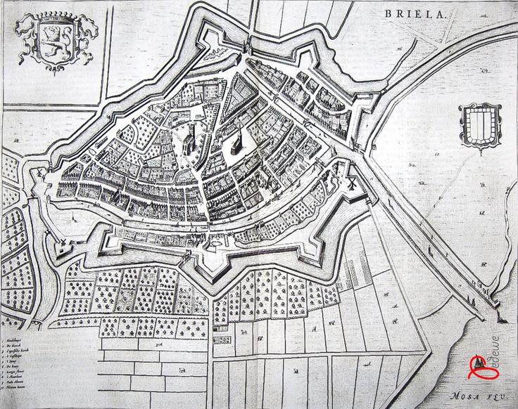 Een prachtige oude kaart van Brielle. Kaart is gemaakt door de beroemde kaartenmaker Blaauw.