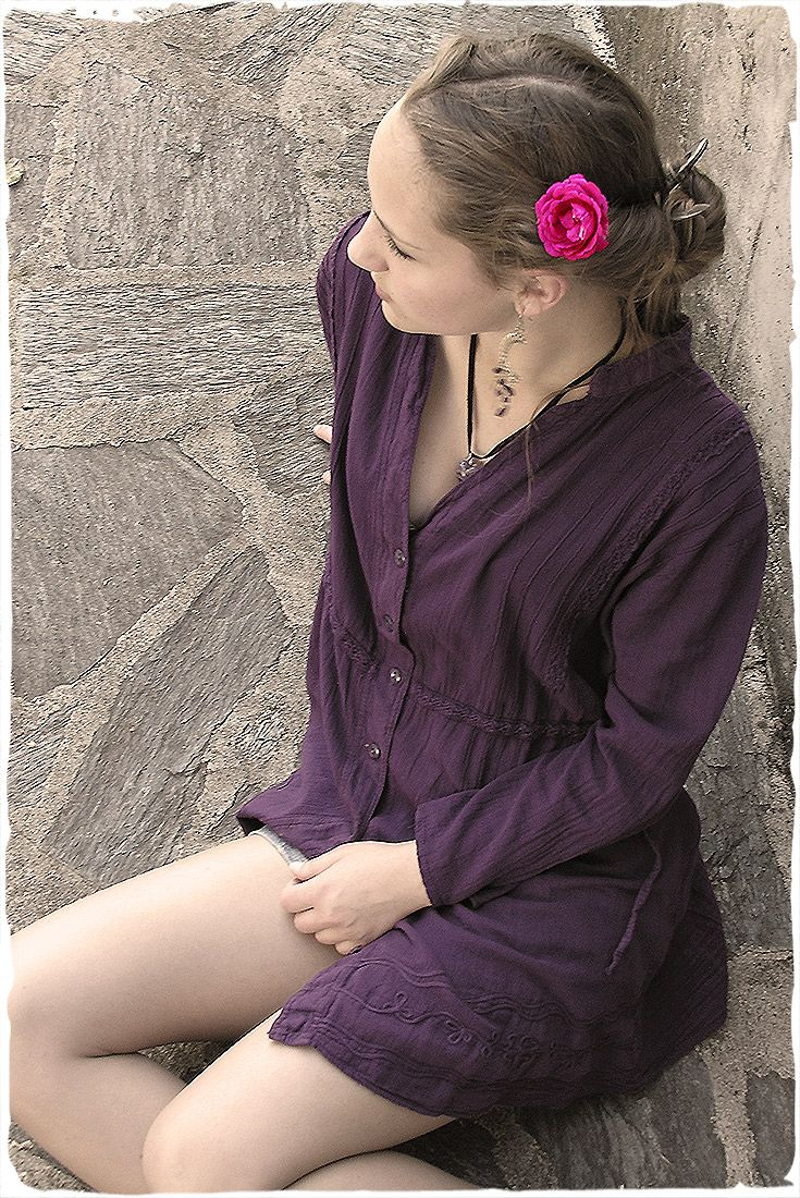 cotton blouse with 3/4 sleeves -  Italian fashion for this woman's blouse handmade in Peru. Summer Women's Clothing