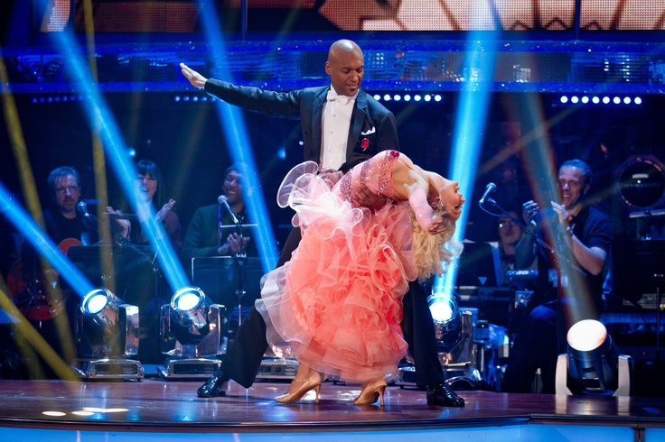 Colin and Kristina - Week 5 - Strictly Come Dancing Nov 2012