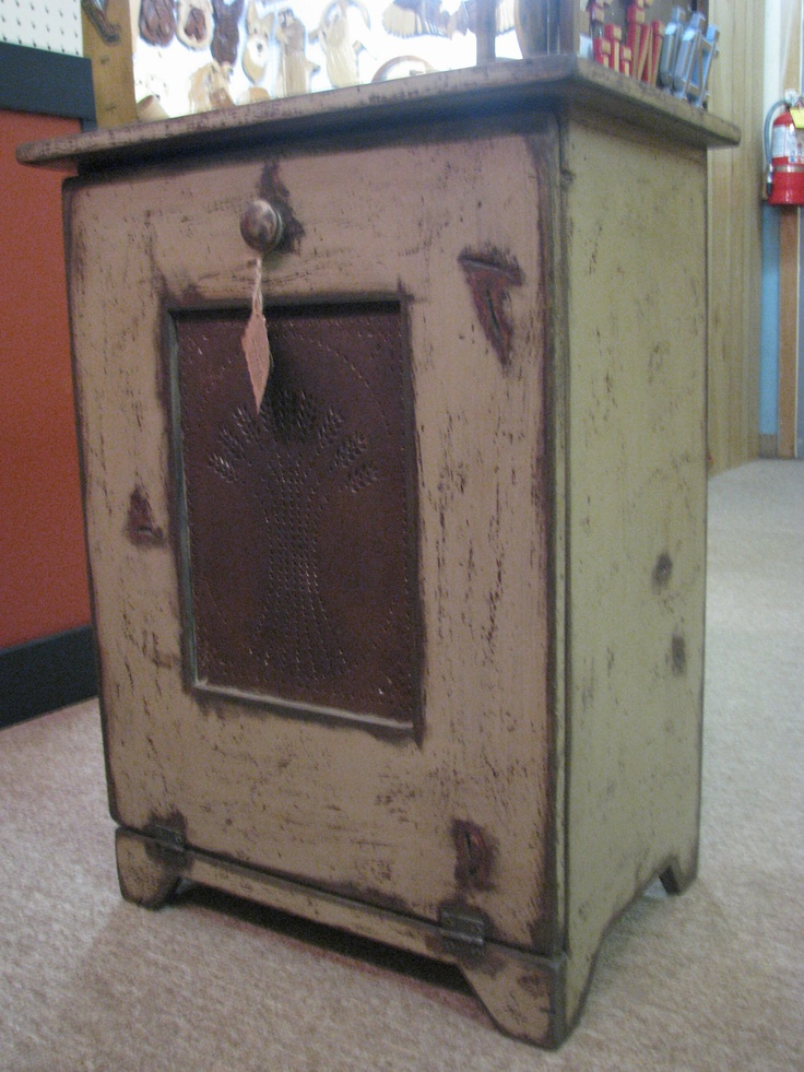 93 best images about trash bins on pinterest for Early american kitchen cabinets