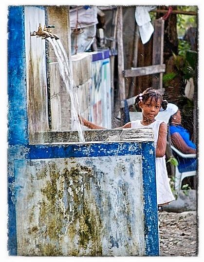 La Fille de la Fontaine  Leogane, Haiti 2.10.12  Photographer: Gregory S. Henderson