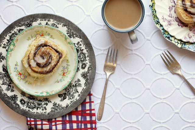 Biscuit cinnamon rolls. BISCUIT. CINNAMON. ROLLS.