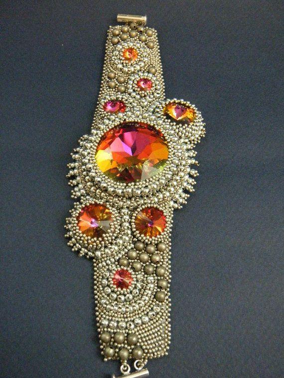 Bead embroidery bracelet by:   Kinga Nichols
