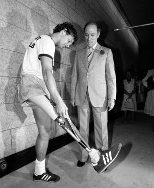 Terry Fox meets with Prime Minister Pierre Trudeau in Ottawa on July 2, 1980…