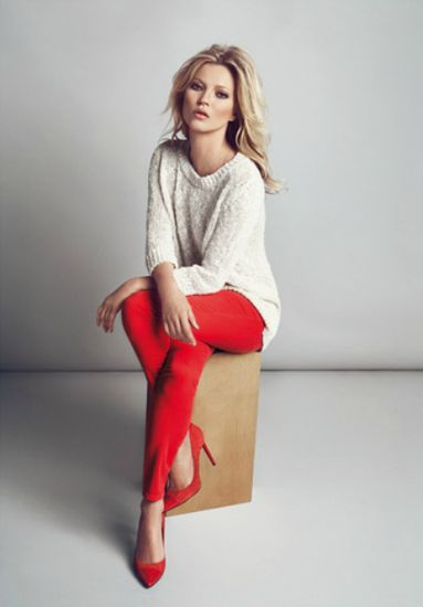 Kate Moss For Mango. At this time of year as winter descends upon us, I like to find ways to bring a little colour into my life. Here is one gorgeous, fashionable way to enjoy the seasons trend for hot skinny jeans whilst boosting your mood at the same time. Definitely heading to the high street for my red jeans fix, might even splash out on a red lipstick whilst I'm in the mood!