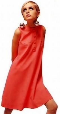 Twiggy Wearing A Mod Style Dress