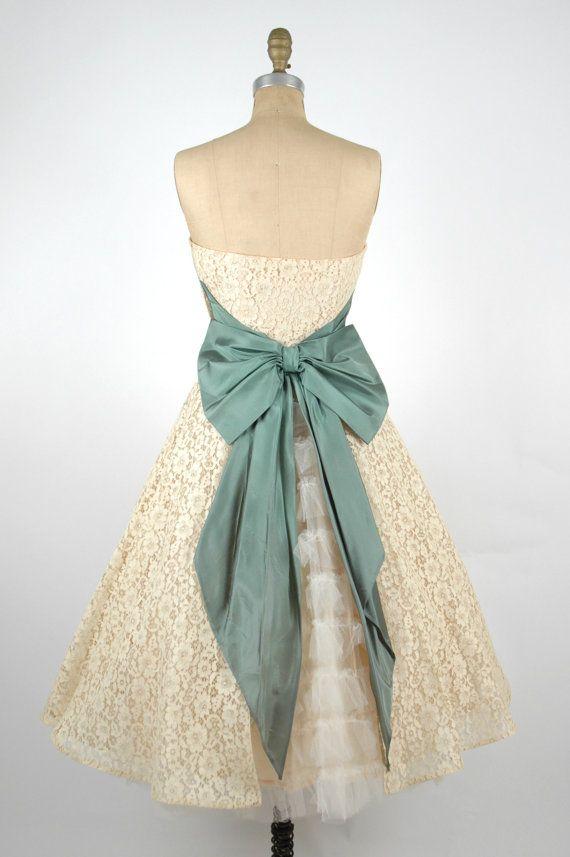 Vintage short lace wedding dress s cream party dress