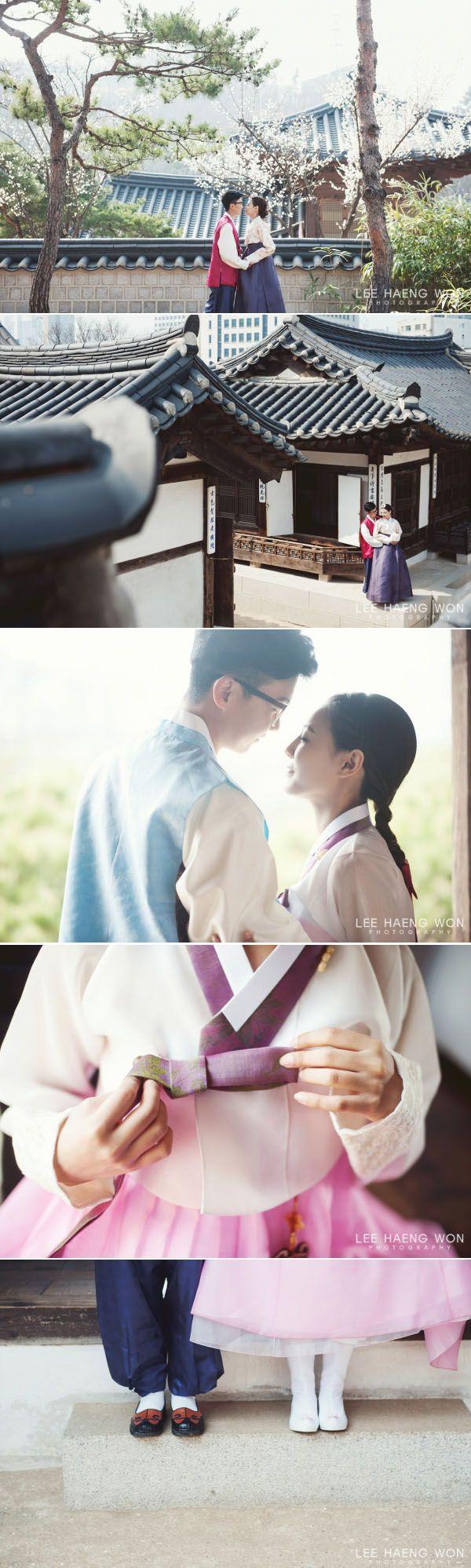 Hanbok wedding // Lee Haeng Won Photography on OneThreeOneFour // http://www.onethreeonefour.com/listing/LeeHaengWonPhotography/55a227361d502d607a8a4096