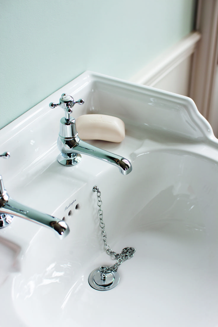 The flow from a Burlington tap is perfect every time - Claremont Basin Mixer Tap from Burlington Bathrooms. http://www.burlingtonbathrooms.com/Products/ProductDetail?prodId=2342&name=Claremont%20basin%20taps%205%22