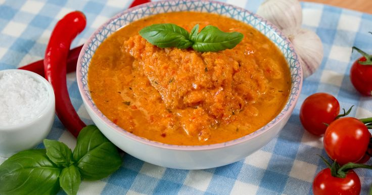 Oppskrift på pastasaus med grønnsaker - Genial pastasaus laget av det du finner i grønnsakskuffen - Dagbladet
