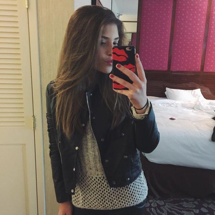 """""""Malha e jaqueta maravilhosas da @spezzatoteen """""""