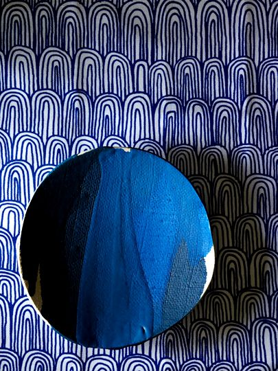 Bowl in layer of blue | © Michele Michael