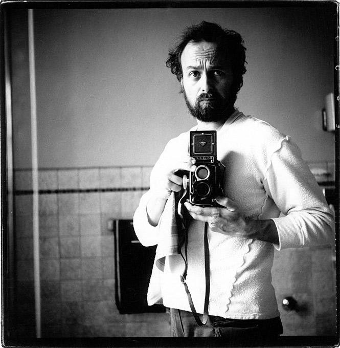 Arthur Elgort, American fashion photographer best known for his work with Vogue self-portrait (1980) arthurelgort.com Zippertravel.com Digital Edition
