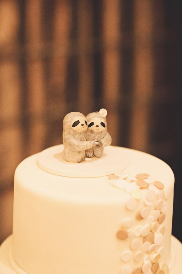 Sloths - Wedding cake: I Dream of Jeanne Cakes - Elegant Massachusetts Wedding by First Mate Photo Co. - via ruffled