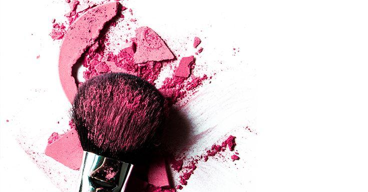 Las formas de limpiar las brochas de maquillaje