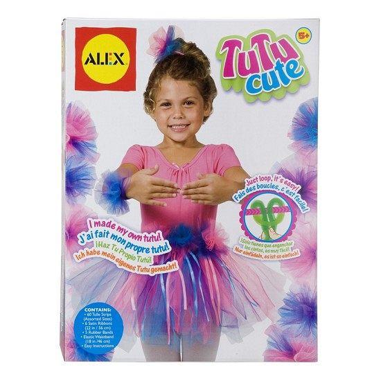 Hobby tutu rok maken. Complete knutsel set voor het maken van een ballerina tutu rok. De set bevat 60 tule strips, diverse satijnen linten en een elastisch ceintuur. Geschikt voor kinderen vanaf vijf jaar.