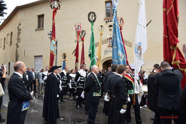 le bandiere dei Gremi di #Alghero #Iglesias #Oristano #Sassari