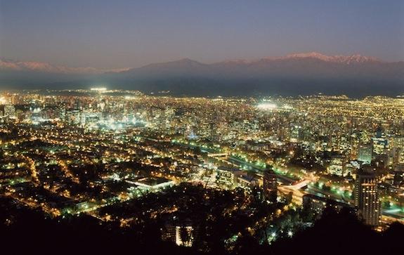 Resultados de la Búsqueda de imágenes de Google de http://www.lgblog.cl/wp-content/uploads/2011/01/santiago-chile-downtown-night-lights.jpg