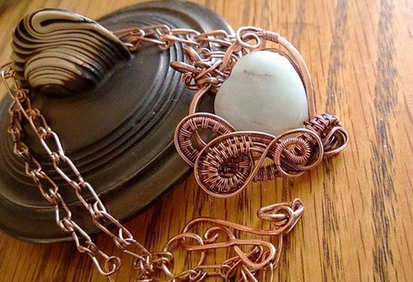 Shelley Page wire weaving