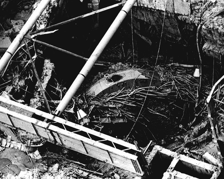 UK_CH_012 - Close-up view of the reactor #4 area shortly after the explosion at Chernobyl. This would have been a dangerous place to be... Taken from International Nuclear Safety.