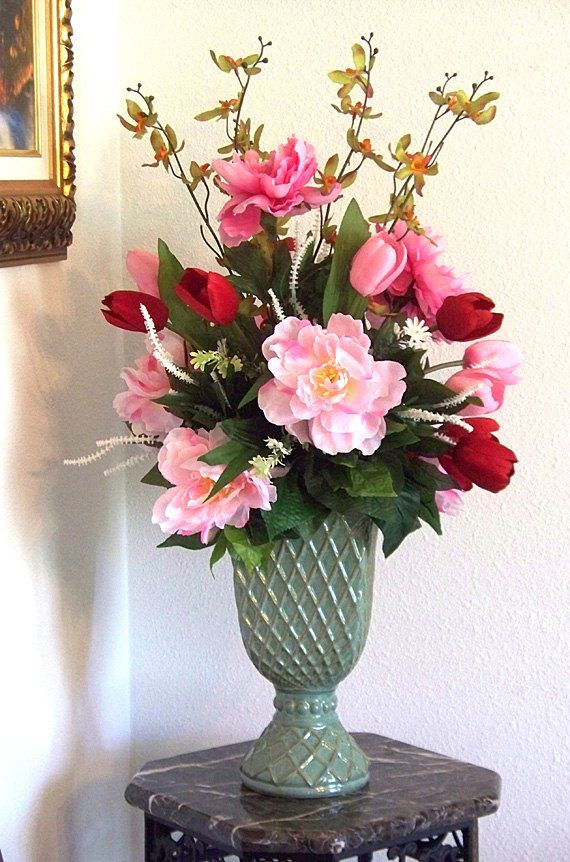 Pink peonies peony arrangement pink flowers mothers day for Flower arrangements for dinner table