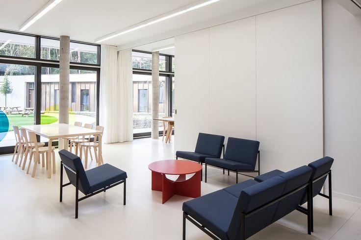 Kiki Sofa & Kiki Lounge Chairs, Chair 66 & Table 82B   Artek