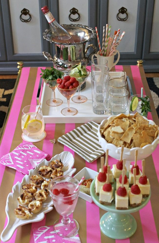 entertaining tips for a girls night in with Sauza
