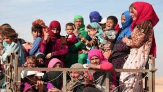 Syria conflict: Coalition strike 'kills 20 civilians near Raqqa' - http://www.newspoint.tk/syria-conflict-coalition-strike-kills-20-civilians-near-raqqa/