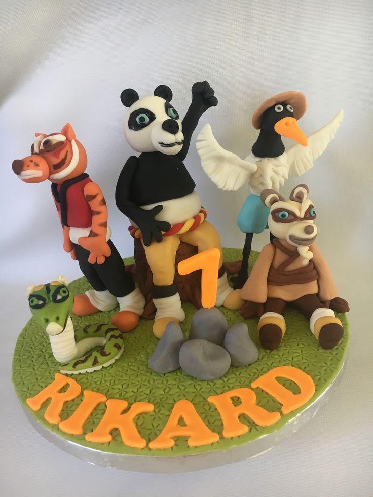 Kung fu panda cake topper