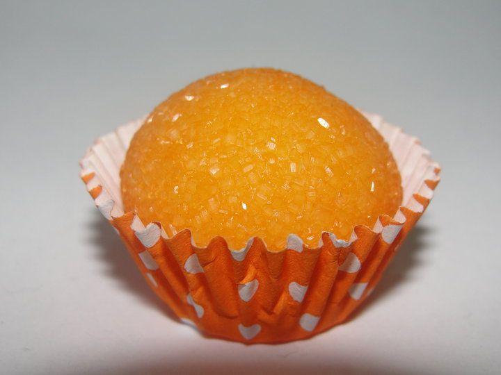 Aprenda a preparar a receita de Beijinho de laranja