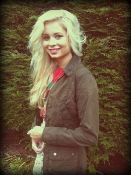 The gorgeous Nina Nesbitt wearing Barbour at T in the Park