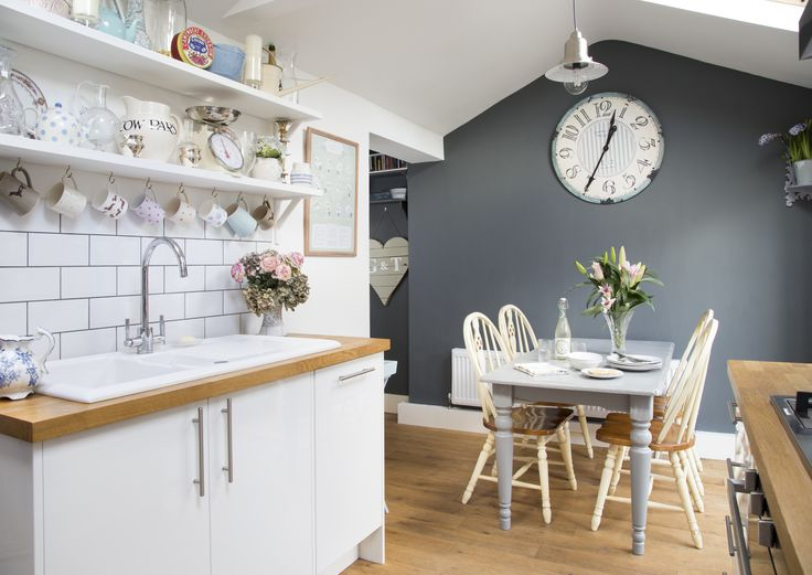 Country Cottage Inspired Kitchen As Seen In Style At Home Magazine