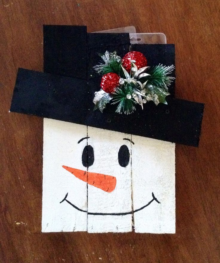 Up-cycled pallet snowman door hanger | Pallet Ideas ...