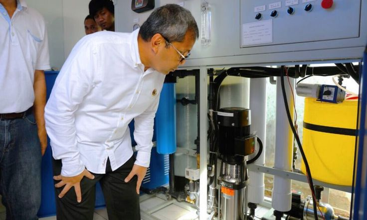 Walikota Makassar Tinjau Drinking Water Kecematan Tamalanrea