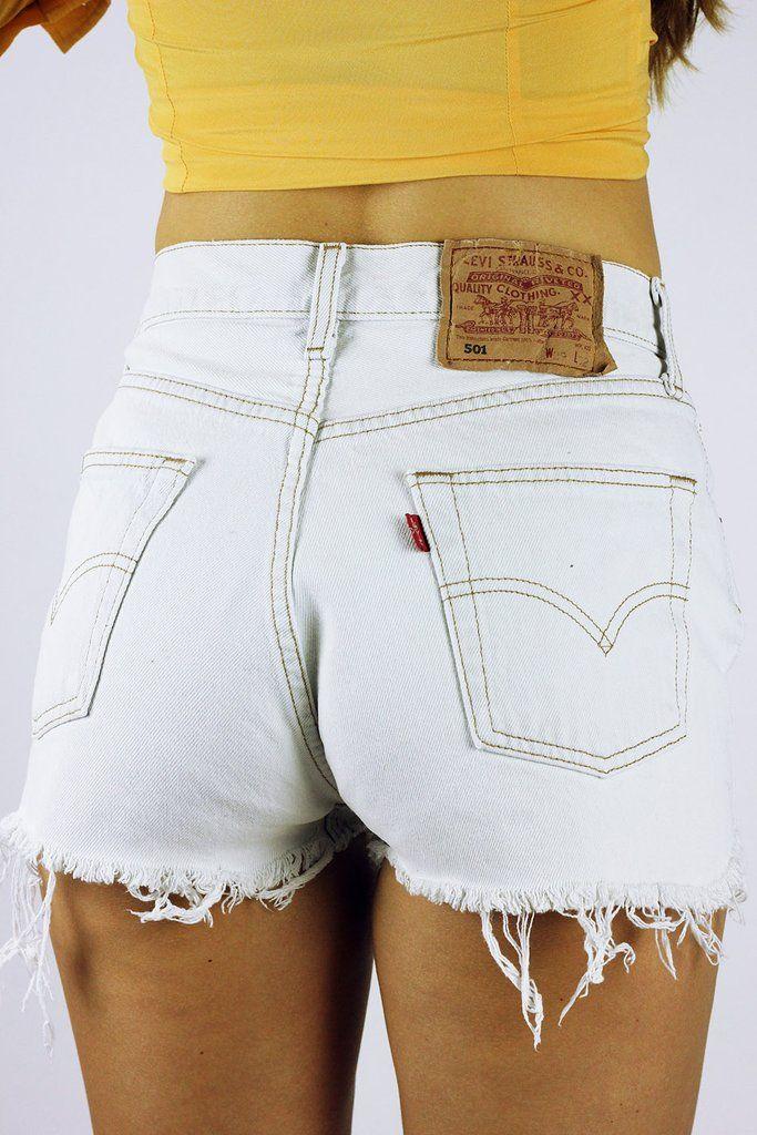 Vintage Cut Off Levi's Shorts White S