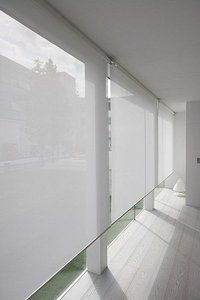 sunscreen roller blinds for porch and balcony http://www.todocortinasyestores.com