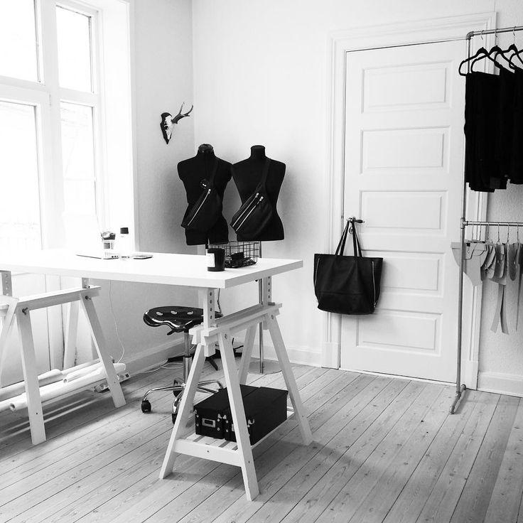 Studio light 🙌🏼 #CFstudio #workspace